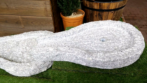 Diese Fertigen Bachläufe Sind Auch In Natürlicher Steinoptik Erhältlich, So  Dass Eine Natürliche Atmosphäre Im Garten Bewahrt Wird. Bachlauf