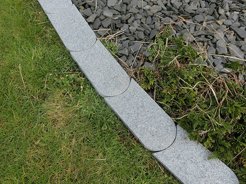 Granit rasenborde